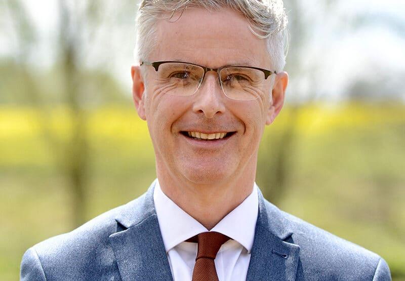 Darren Bilton
